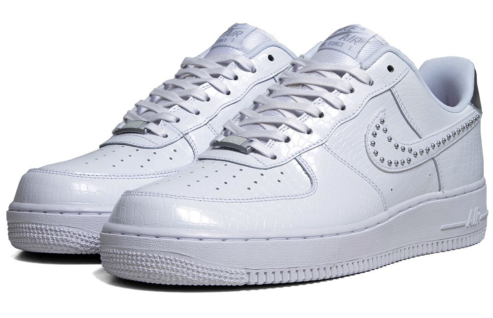 09a77700d9 Nike Air Force 1 '07 LE QS
