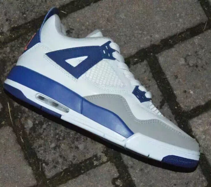 wholesale dealer bdfef 4751c Air Jordan 4 Girls White Royal-Wolf Grey Hyper Orange Release Date 487724-