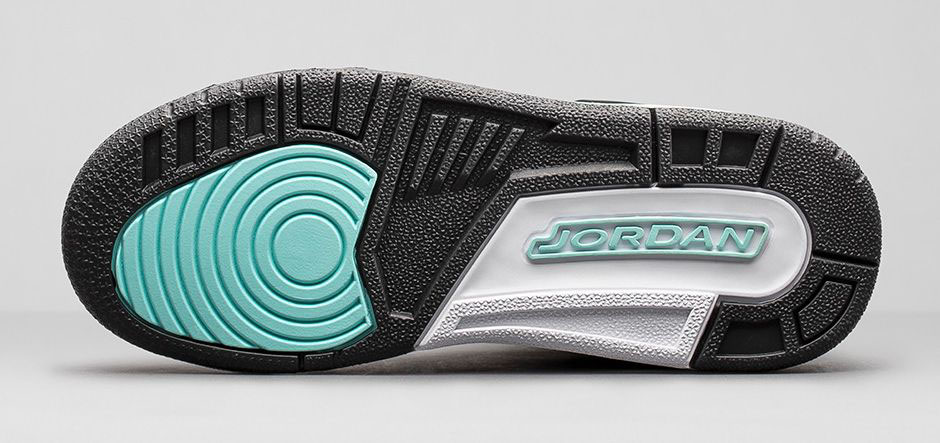 7773eda8578e1a Air Jordan III 3 Girls Bleached Turquoise 441140-045 (6). images via Nike