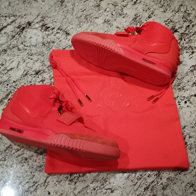 JR Smith Picks Up Nike Air Yeezy 2 Red October
