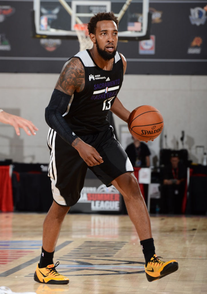 Derrick Williams wearing Nike Kobe IX 9 EM Bruce Lee
