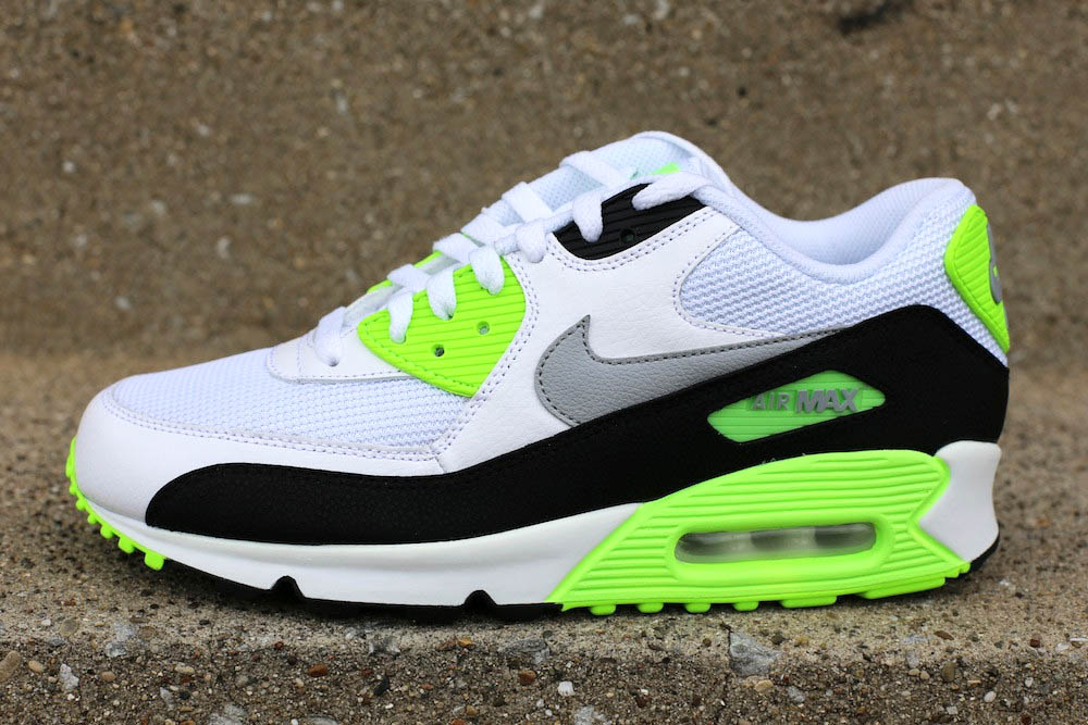 "nike shox la vision de la femme - Nike Air Max 90 Essential - ""Flash Lime"" 