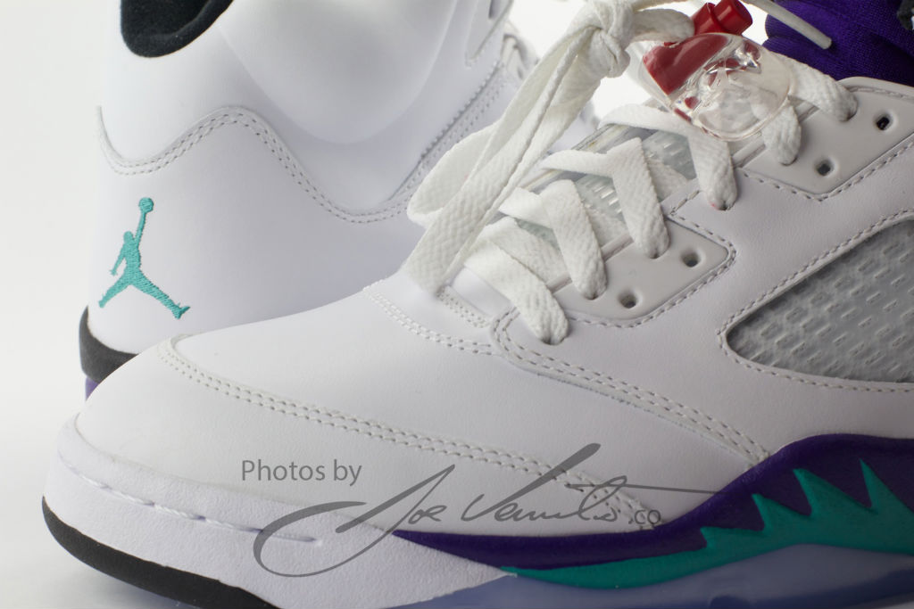 Air Jordan Retro V 5 Grape 136027-108 Release Date (13)