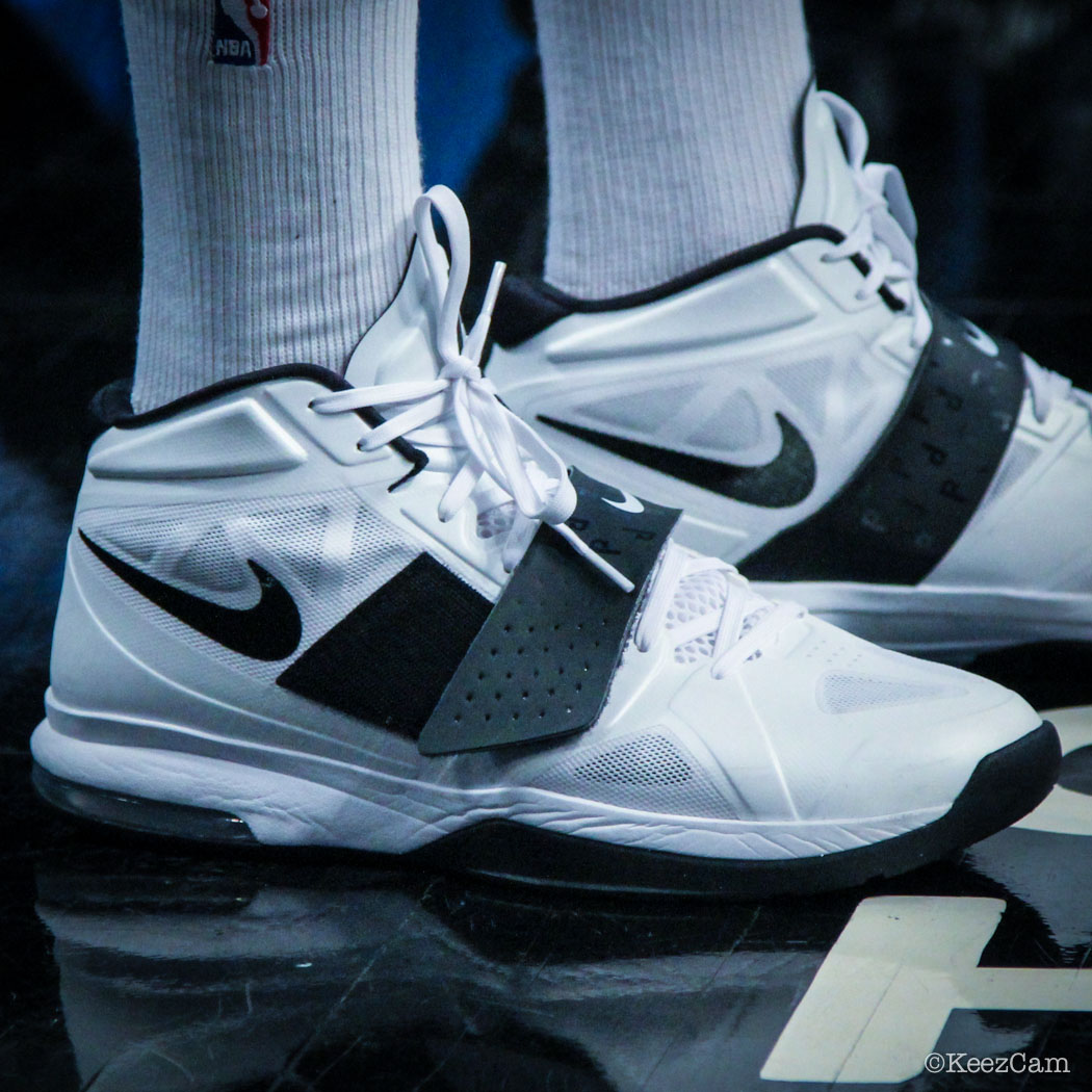 Paul Pierce wearing Nike Air Legacy 3 PE