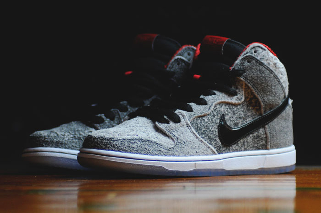 new concept 20ff6 5eb2e Another Look at the  Salt Stain  Nike SB Dunk High Premium