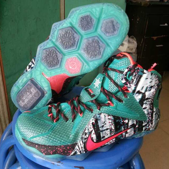 9483748cb70f7 Nike LeBron 12  Christmas  Unwrapped