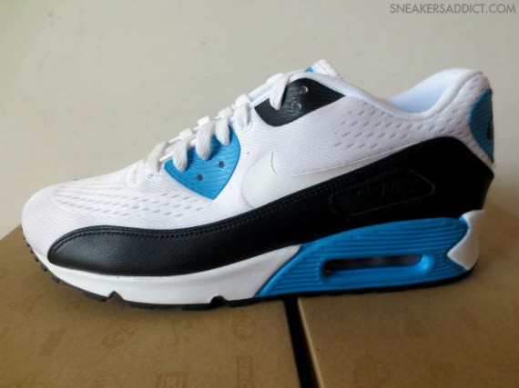 Stay tuned to Sole Collector for further details on the