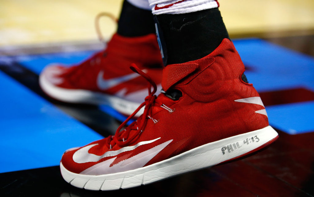 Aaron Craft wearing Nike Zoom HyperRev