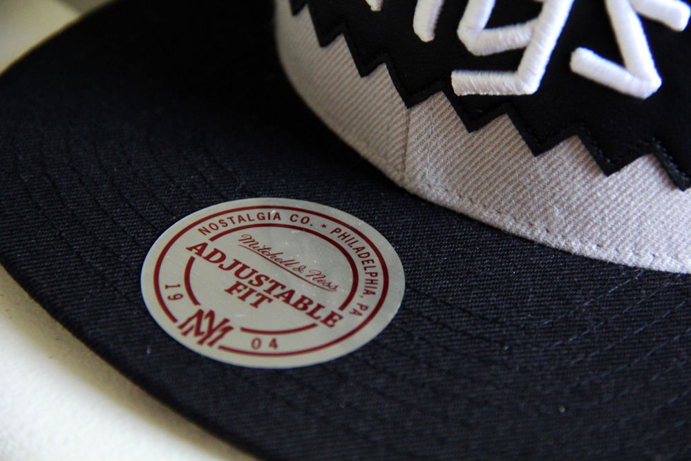 BAIT x Mitchell & Ness x NHL Snapback Collection (8)