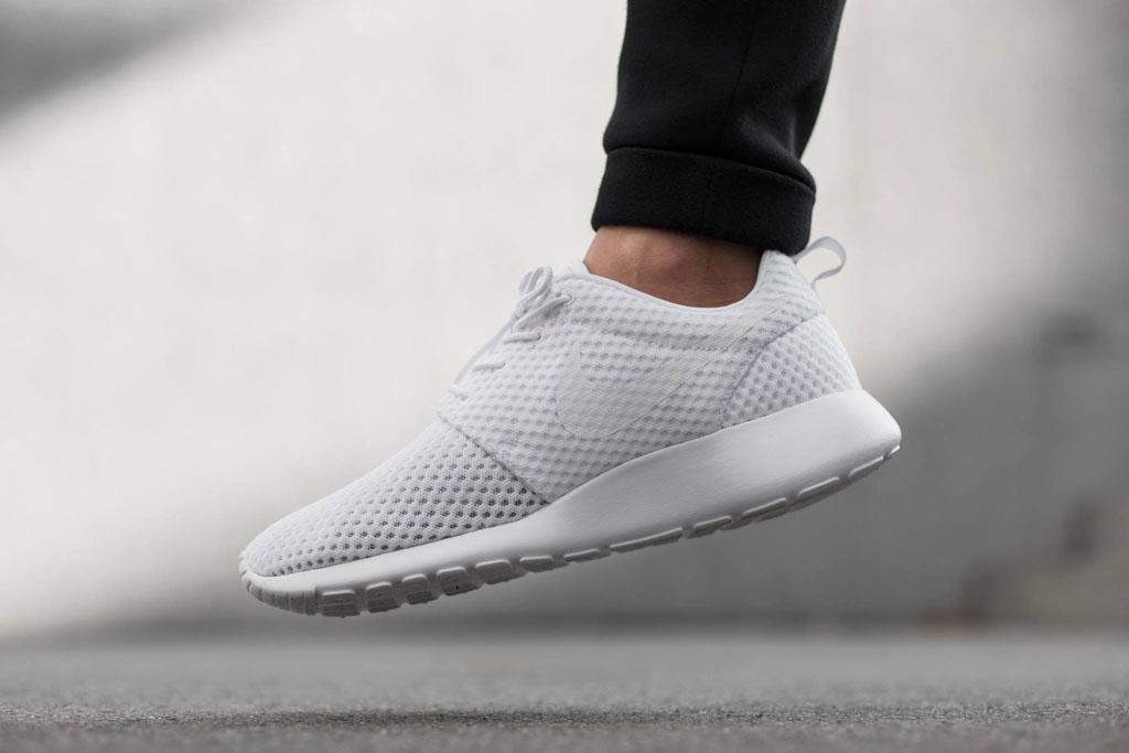 isxlfa Nike Roshe Run 2 On Feet halcyonnights.co.uk