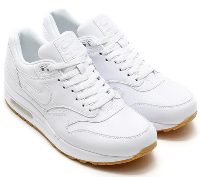 nike air max 90 white gum sole sneakers