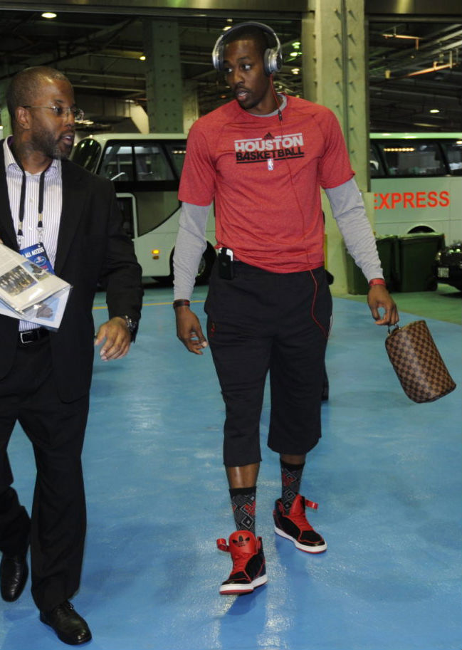 Dwight Howard wearing adidas Originals AR 3.0