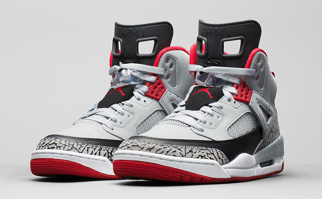 Here's an official look at the final Jordan Spiz'ike release of 2014.