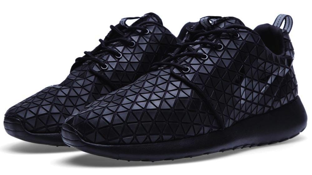 on sale 43024 ab9fd Nike WMNS Roshe Run Metric QS - Black - Available