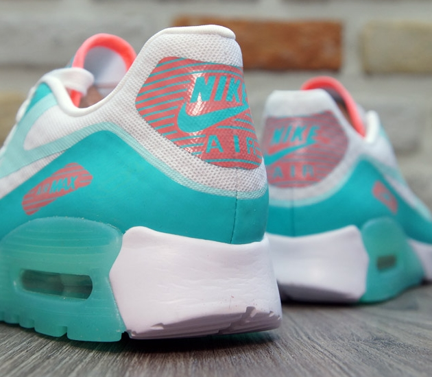 This Nike Air Max 90 Is Glowing | Sole Collector