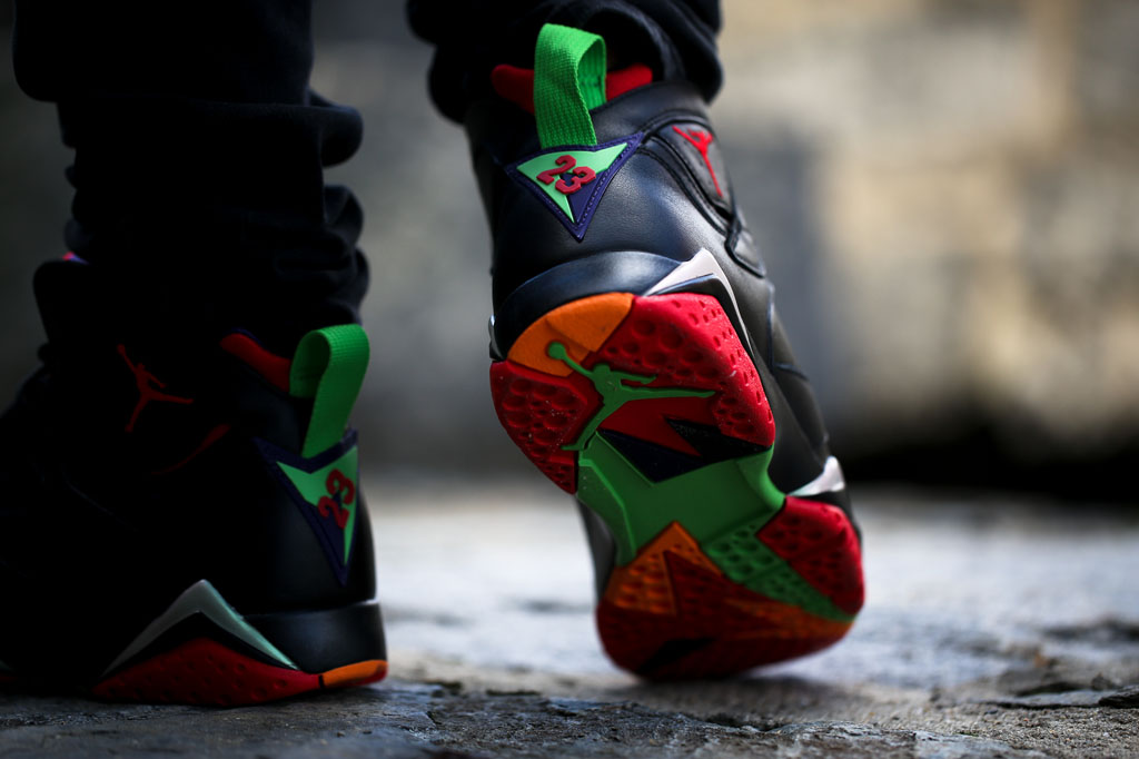 d893d53fd22 Air Jordan 7 Marvin the Martian On-Foot 304775-029 (1)