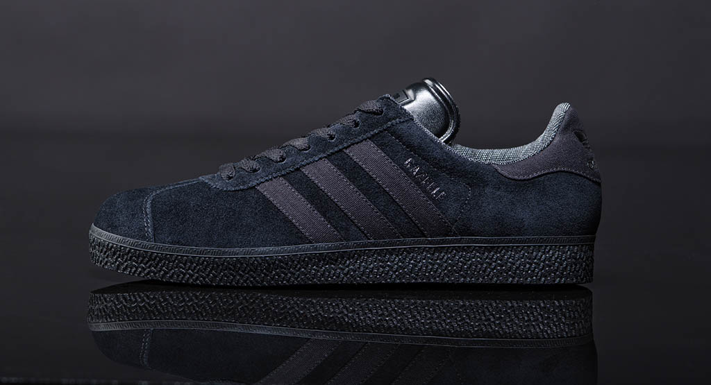 check out 0ad51 69b5e adidas Originals Gazelle Black Pack (1)