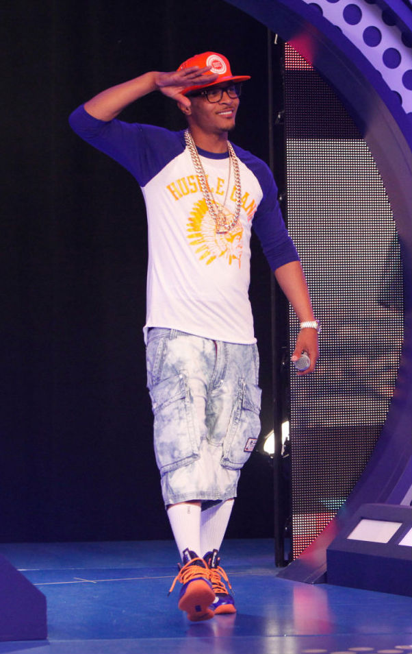 T.I. Wears Nike LeBron X PS Elite Superhero (7)