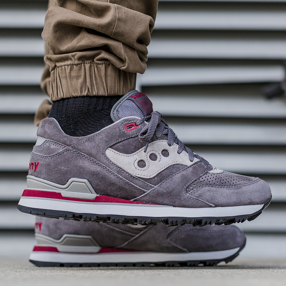 2015 END. x Saucony GRID 9000 'RED/NOISE' - YouTube