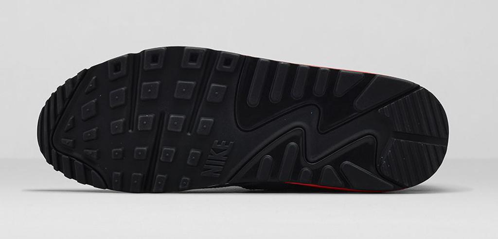 An Official Look at the 'Bleached Denim' Nike Air Max 90 QS