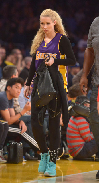850f0571e506 ... where can i buy iggy azalea wearing air jordan future hyper jade 15a80  cb873