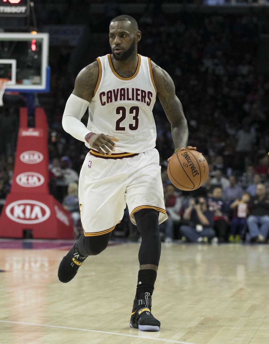 6fabbe56e098 LeBron James Wearing a BlackYellow The Land Nike LeBron Soldier 10 PE Game .