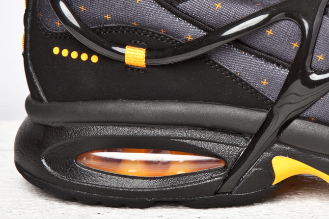 Nike Air Kukini 2011 Retro Black Resin Grey Yellow