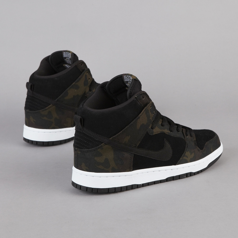 164e9957cdabe The Nike SB Dunk High Pro in Iguana / Black is available online at  Flatspot.com.