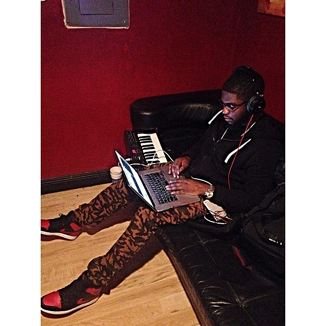 Big K.R.I.T. wearing Air Jordan 1 Retro Black/Red
