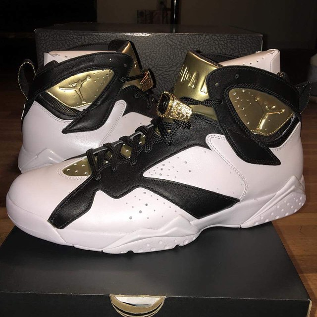 ce8faf38e5f A Look at the Air Jordan 7  Championship Pack  In-Hand