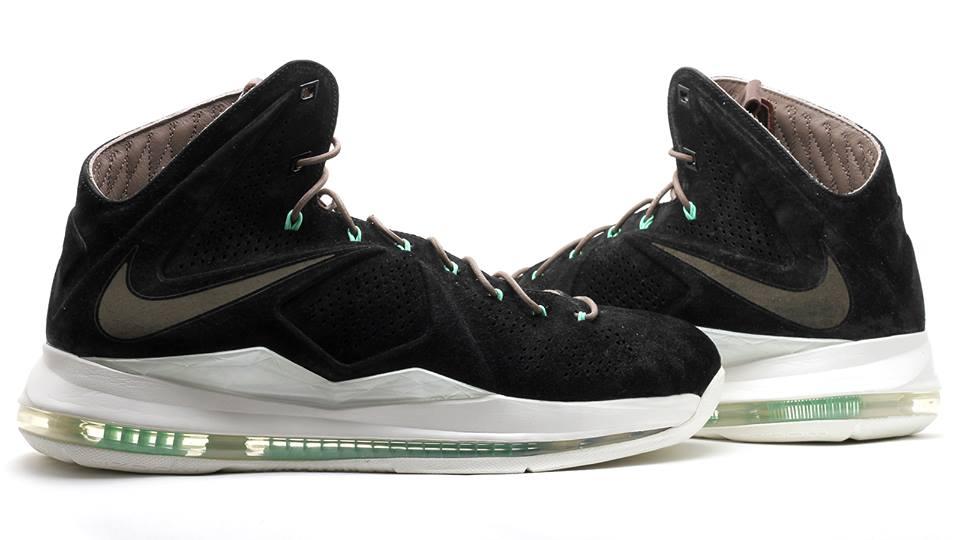 buy online 99f5e 9dc40 Nike LeBron X EXT QS