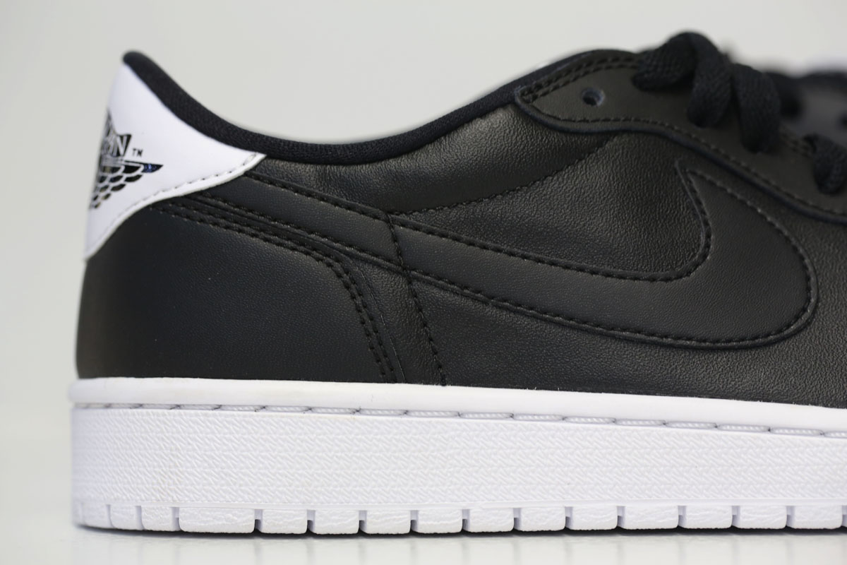 Air Jordan 1 Retro Low OG Black/White 705329-010 (3)