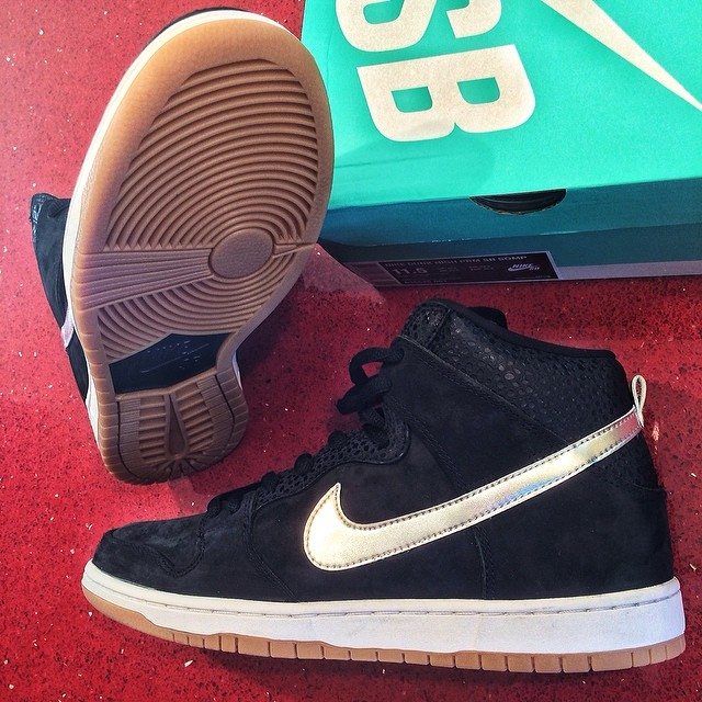 DJ Skee Picks Up Nigel Sylvester x Nike Dunk High SB SOMP