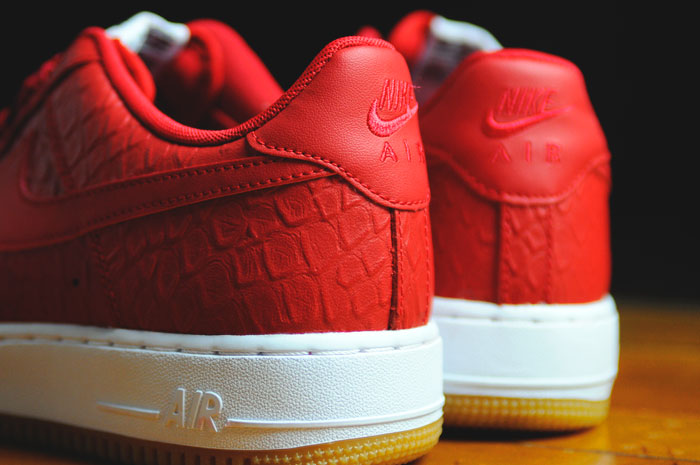 new styles cd6da 7958d Nike Air Force 1 Low Red Python