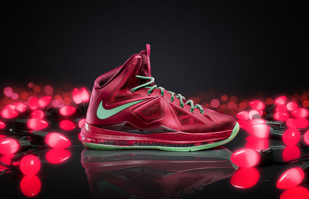 Poll // Best Christmas Day Signature Shoe - Nike LeBron X Christmas