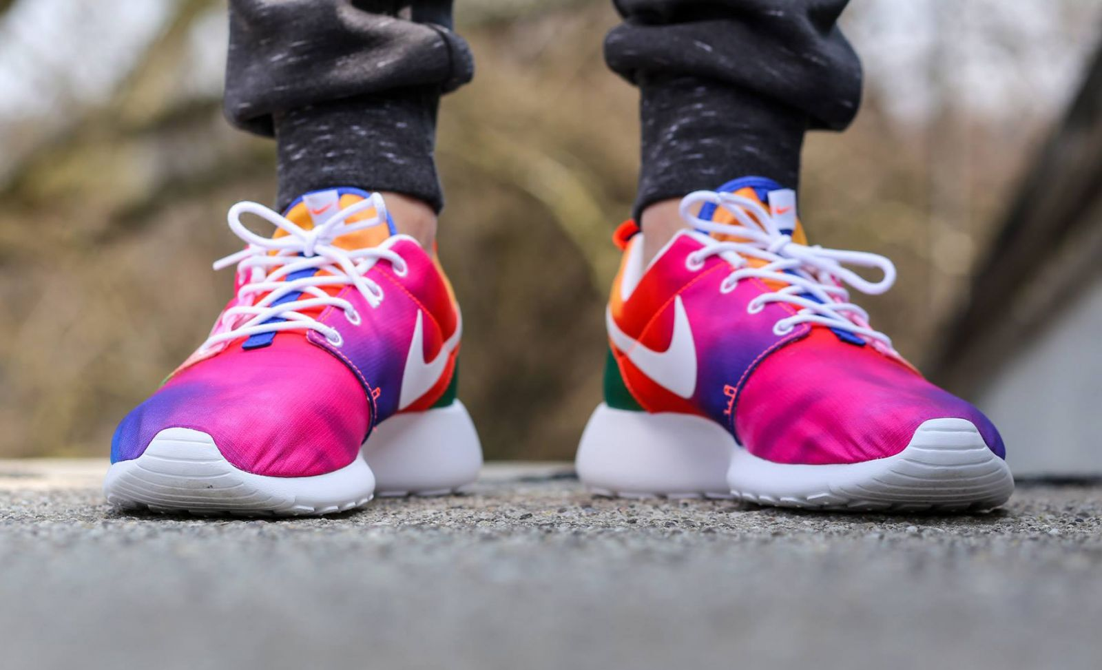 brand new f8a5b 1d548 Nike Gets Groovy with Tie Dye Roshe Runs