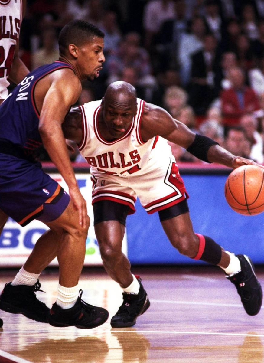 64dfcd5b708 Flashback // Michael Jordan in the Air Jordan VIII