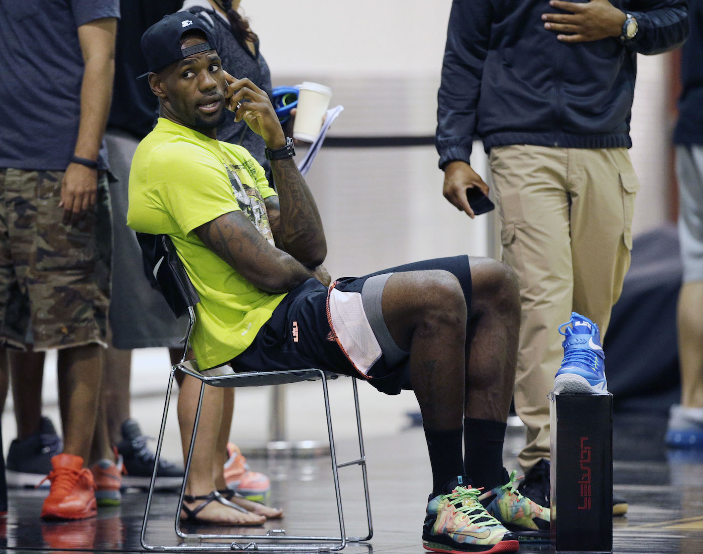 LeBron James Wears Nike LeBron XI 11 Low Championship Pack (1)
