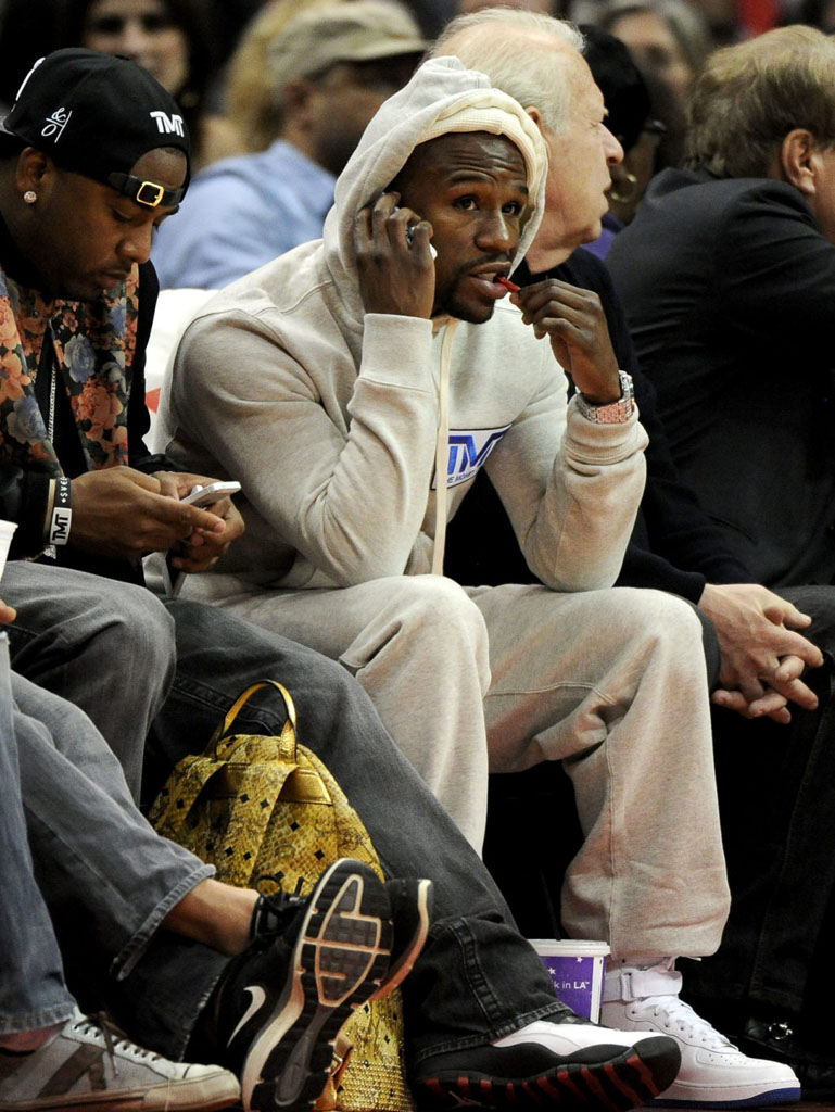 Floyd Mayweather wearing Nike Air Force 1 Hi
