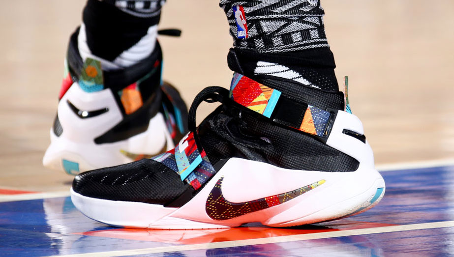 sale retailer 0fb13 e2a47 Nike LeBron Soldier 9 BHM