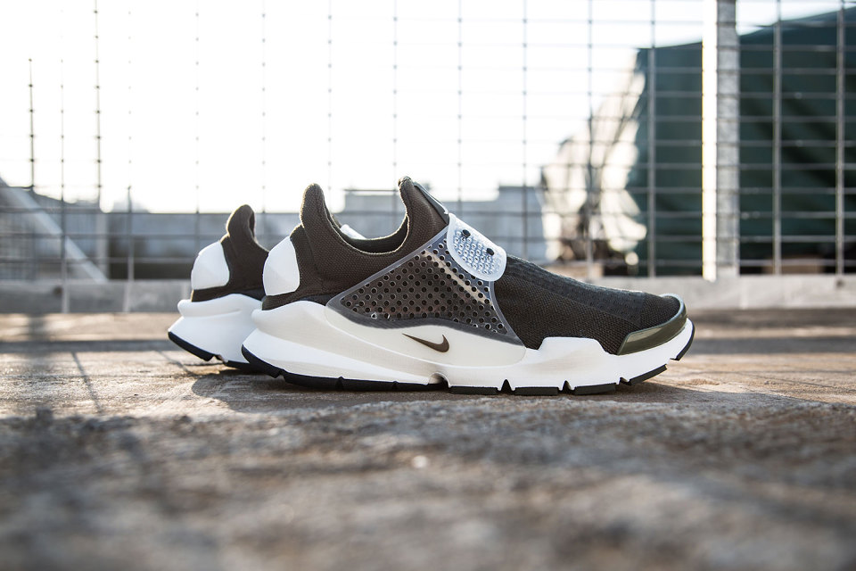 best website a715d 4db3f What Happened to the fragment design x Nike Sock Dart? | Sole Collector