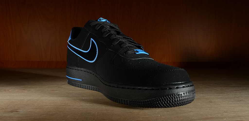 sale retailer 92cfe dc7ec The black photo blue Air Force 1 Low hits nike.com as well as select Nike  Sportswear retailers on Saturday, August 30.