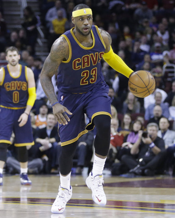 LeBron James wearing Nike LeBron XII 12 White/Red-Navy Speckle PE (2)