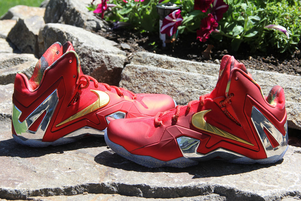 184639a5924 Nike LeBron XI 11 Elite Red Championship Pack (3)