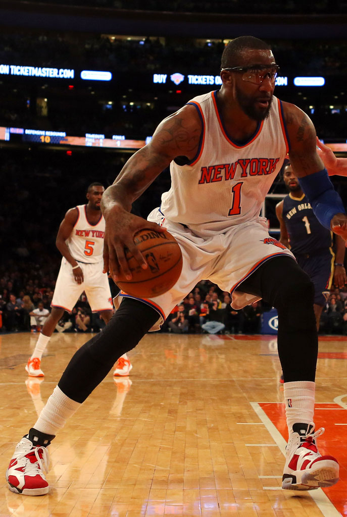 Amar'e Stoudemire wearing the 'Carmine' Air Jordan 6