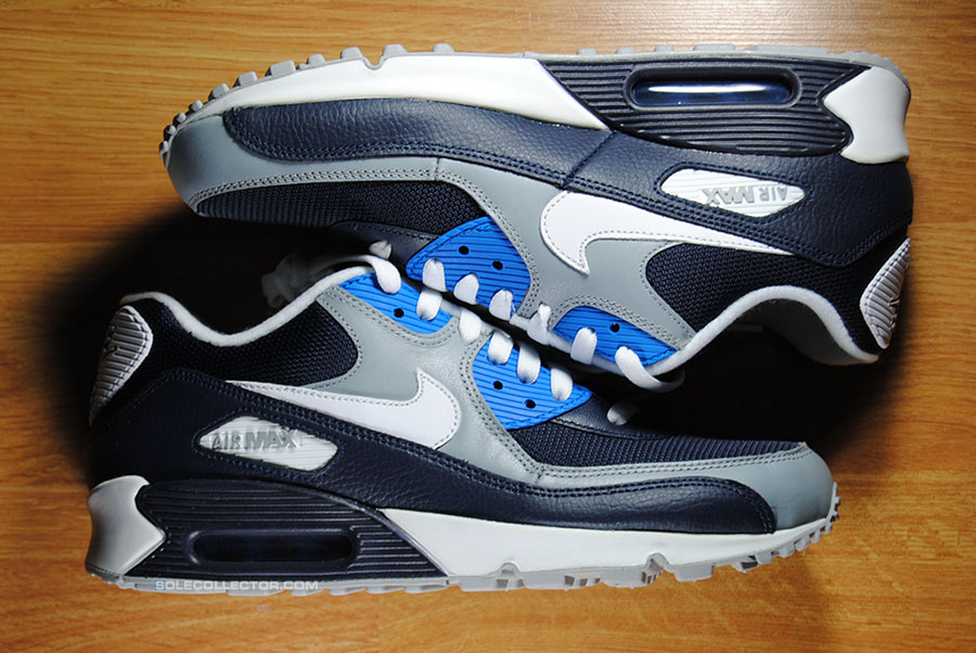 Sole Collector x Foot Locker #Approved Back to School Giveaway Nike Air Max 90 (1)