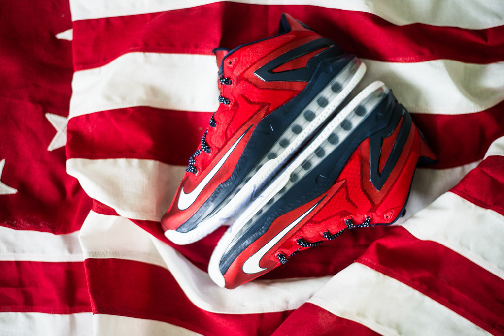 Nike Air Max LeBron 11 Low Independence Day