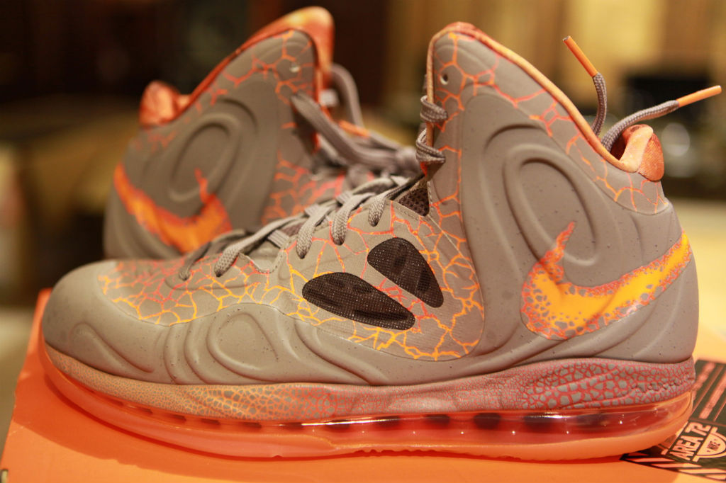 Nike Air Max Hyperposite Area 72 (1)