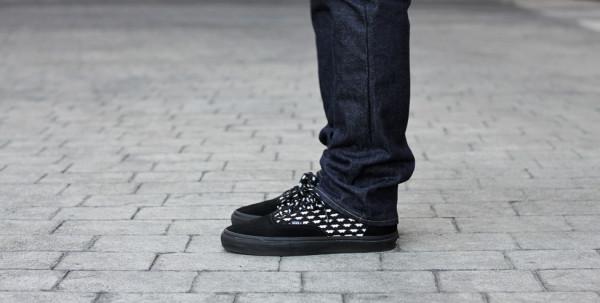 Vans Era All Black On Feet