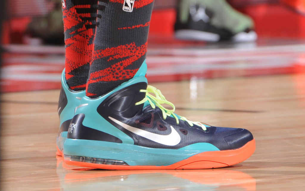 Zach Randolph wearing Nike Air Max Hyperguard Up PE (2)